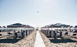 spiaggia ombrelloni bagno pinocchio